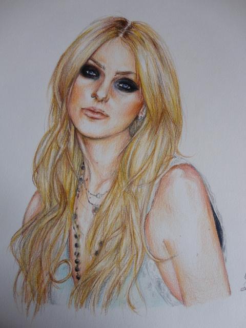 Taylor Momsen by ElenaBlackbird